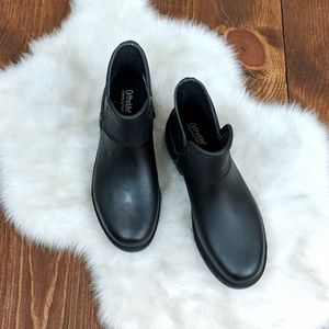 Chooka Black Booties